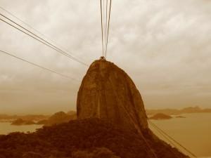 Sugar Loaf i Rio, paa vej derop i en kabelvogn